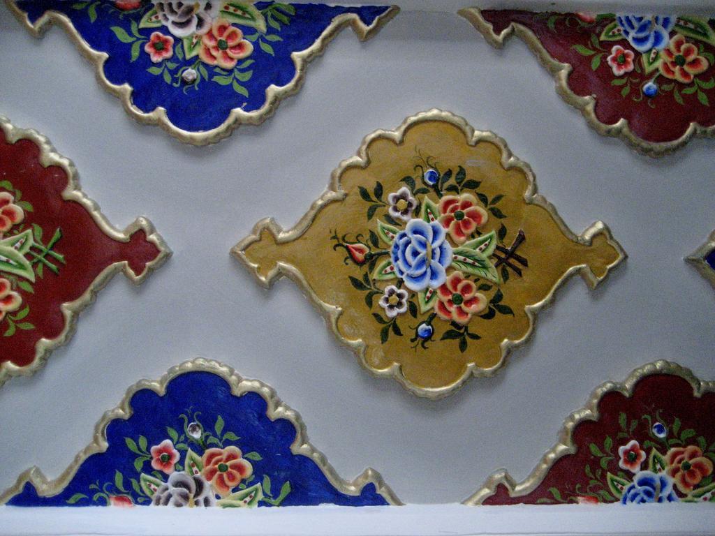 Minzifa Bukhara 3