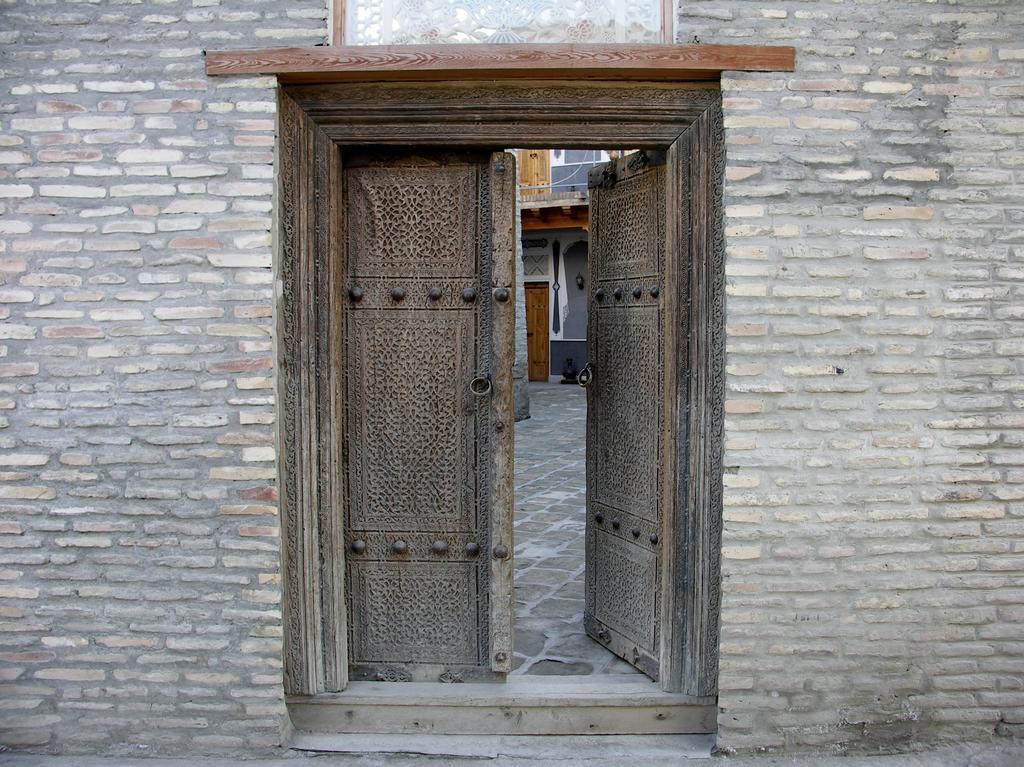 Minzifa Bukhara 4