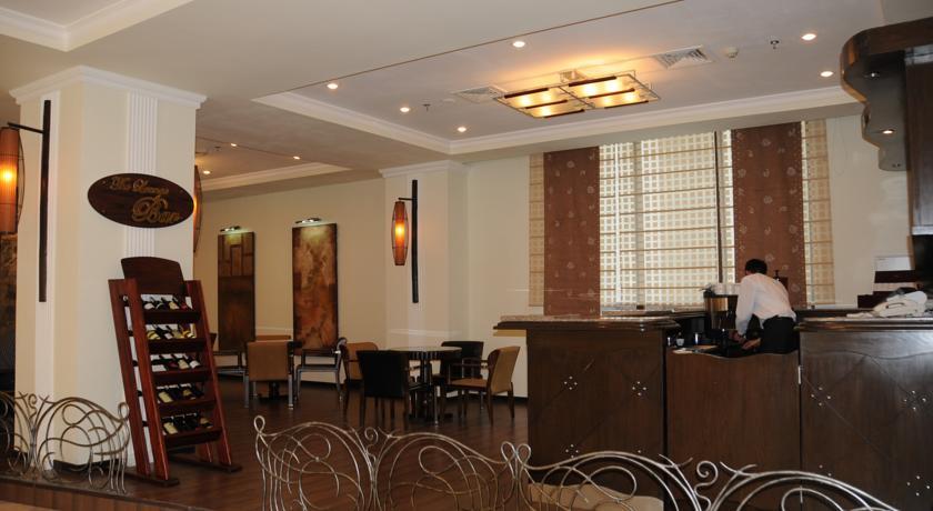 Bar Ramada Tashkent 3