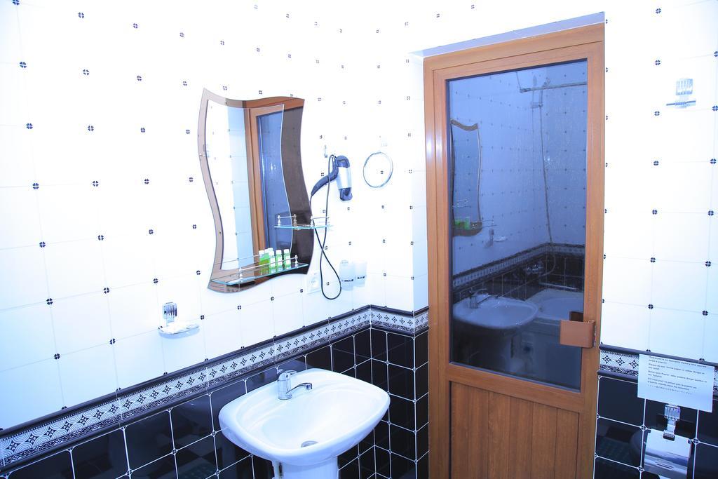 Bathroom Euroasia Khiva 4