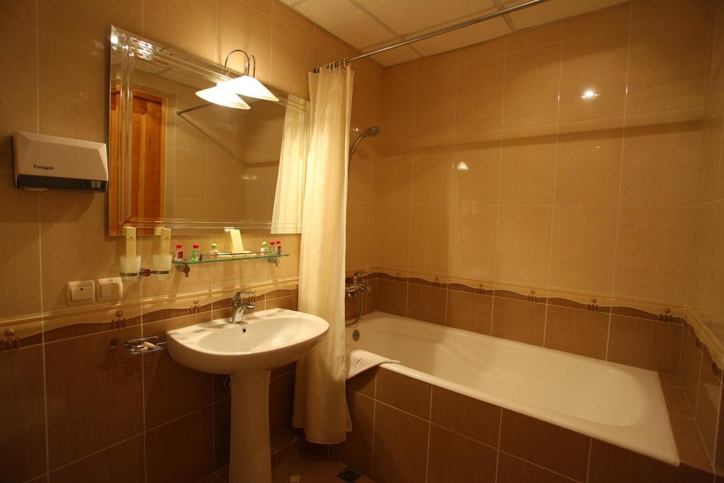 Bathroom Grand Samarkand