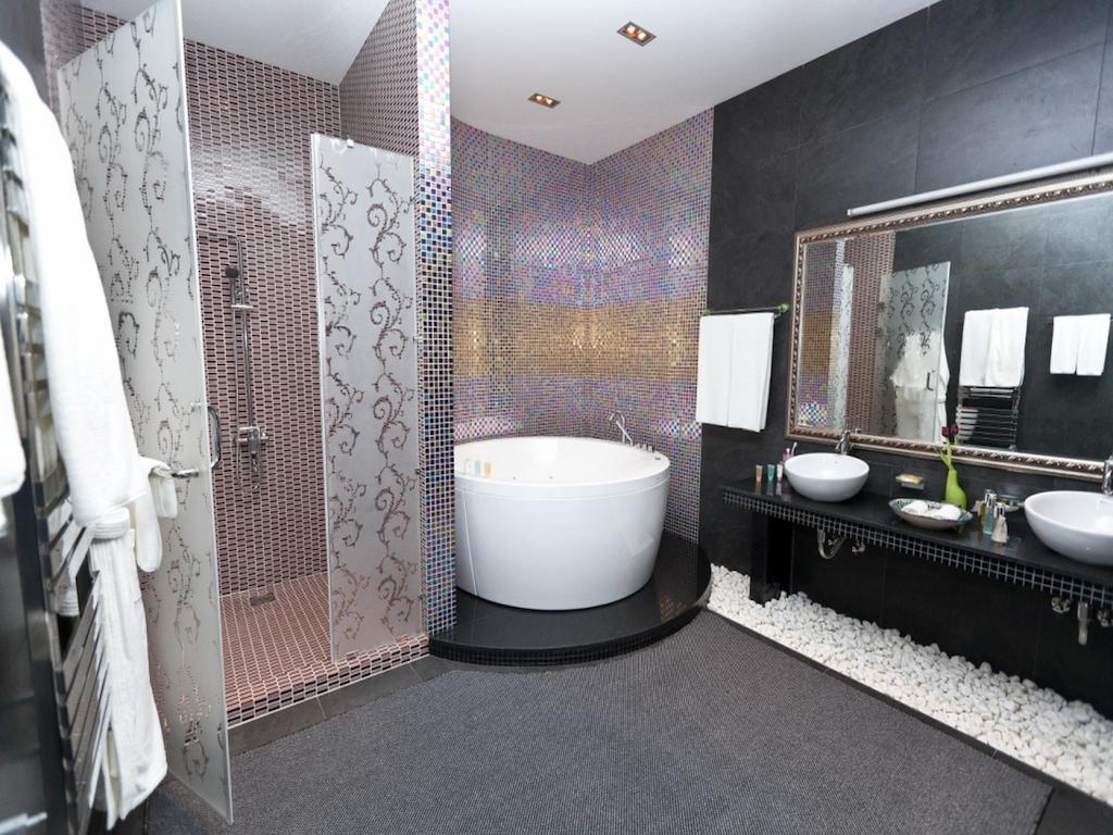 Bathroom Ichan Kala Tashkent