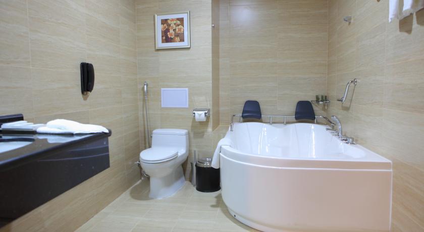 Bathroom Miran Tashkent