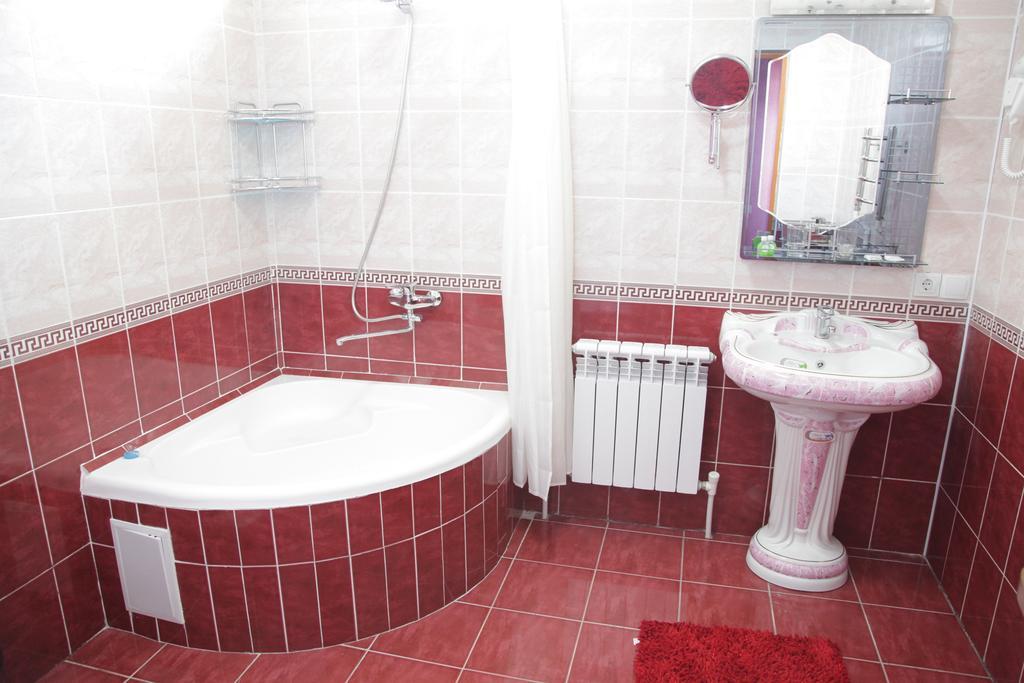 Bathroom Qibla Tozabog Khiva 1