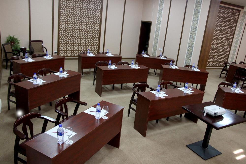Conference Room Hotel Asia Tashkent 4