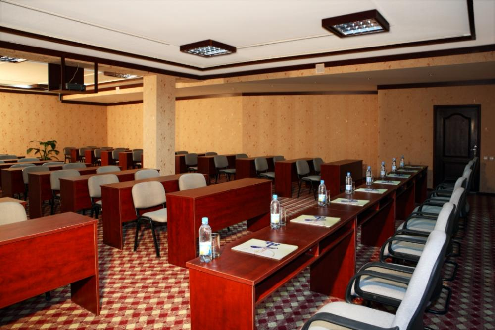 Conference Room Hotel Asia Tashkent 6
