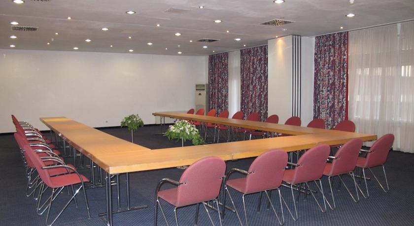 Conference Room Shodlik Palace Tashkent
