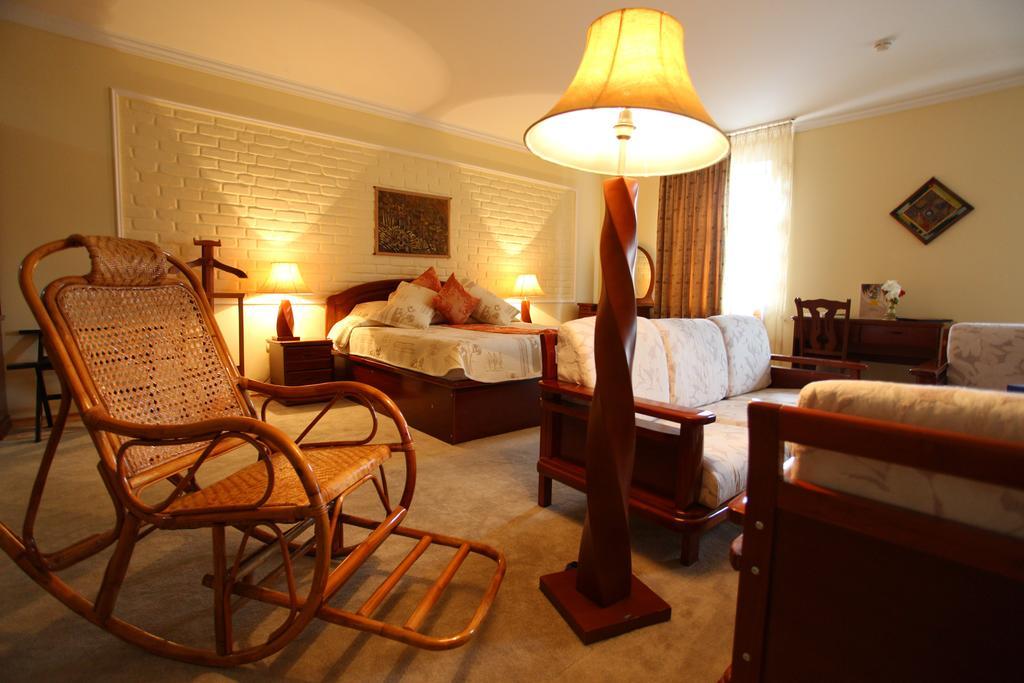 Double Room Grand Samarkand 1