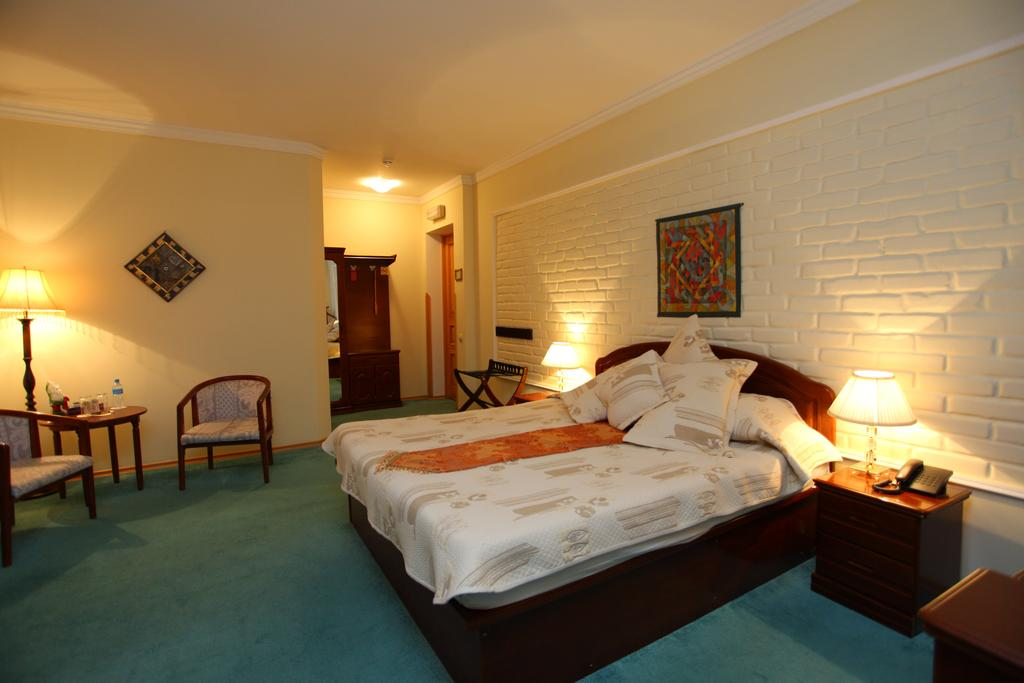 Double Room Grand Samarkand