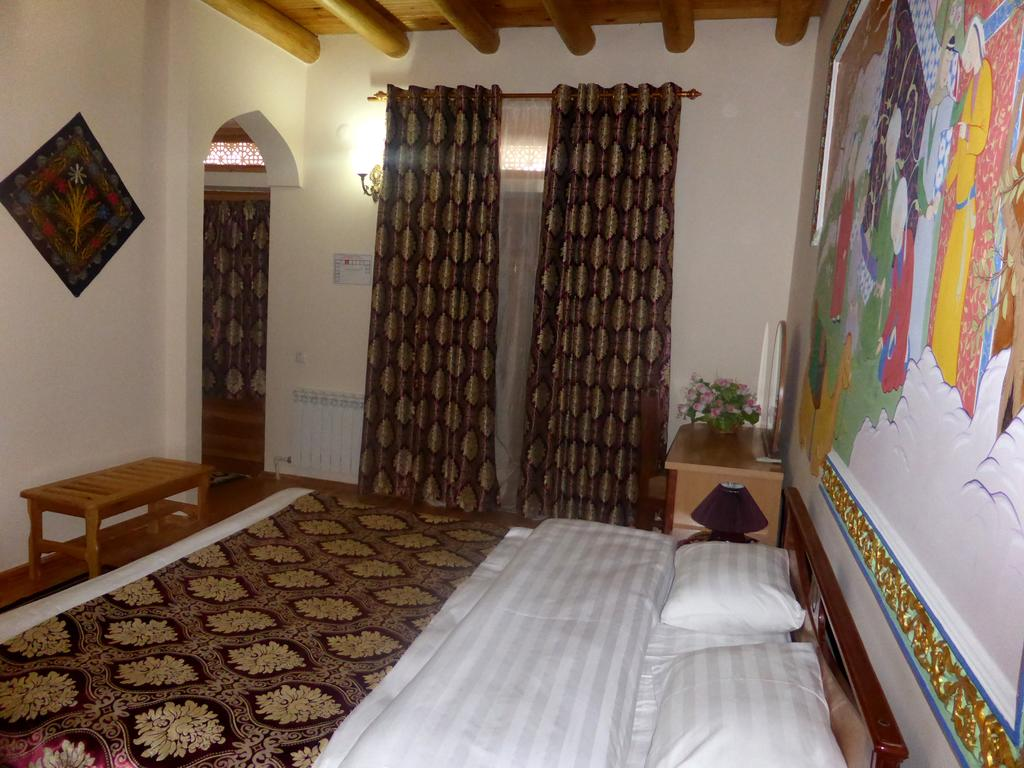 Double Room Hovly Poyon Bukhara 1