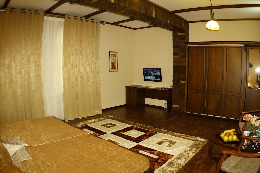 Double Room Platan Samarkand 10