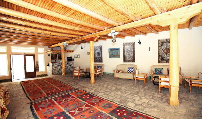 Hall Lyabi Haus Bukhara