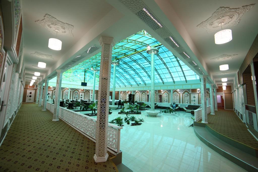 Hall Modarihon Bukhara 1