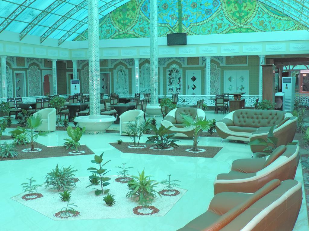 Hall Modarihon Bukhara 3