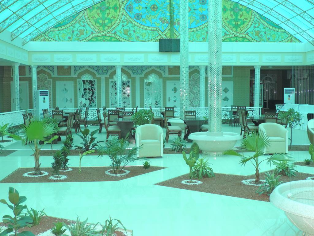 Hall Modarihon Bukhara 5