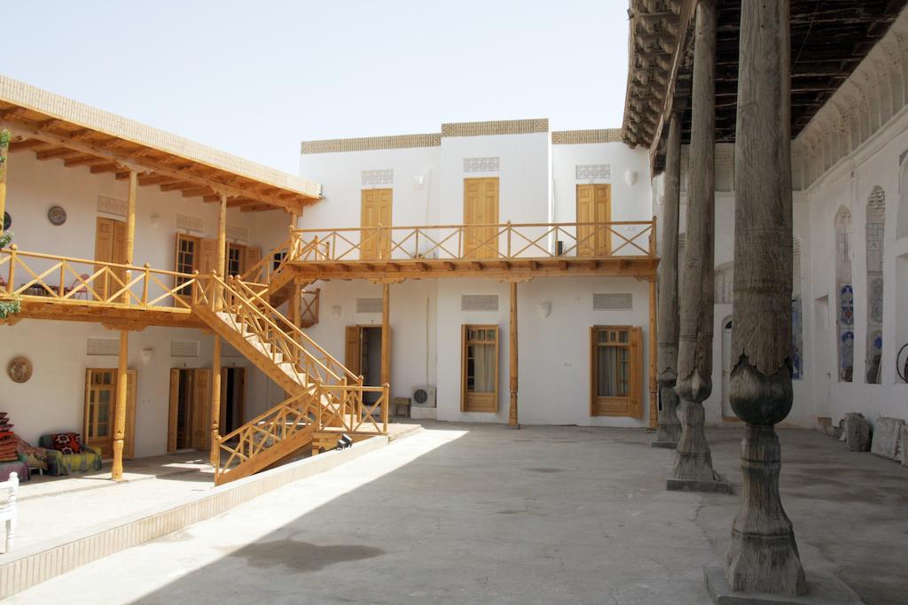 Hovly Poyon Bukhara 1