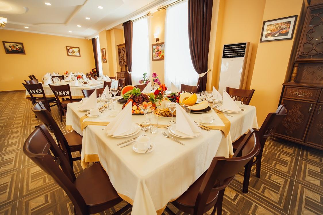 Restaurant Bek Khiva 1