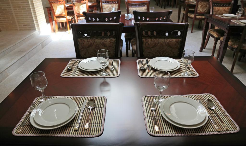 Restaurant Devonbegi Bukhara 2