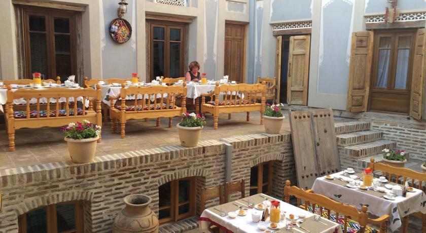 Restaurant Kavsar Bukhara 3