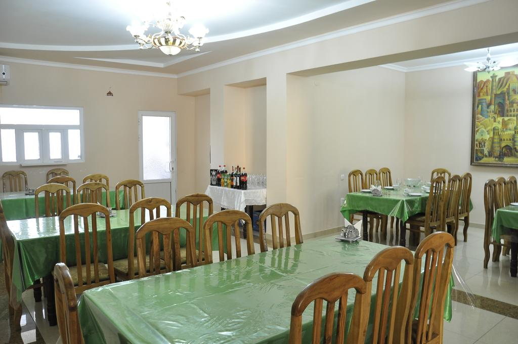 Restaurant Madrasa Aminhan Khiva