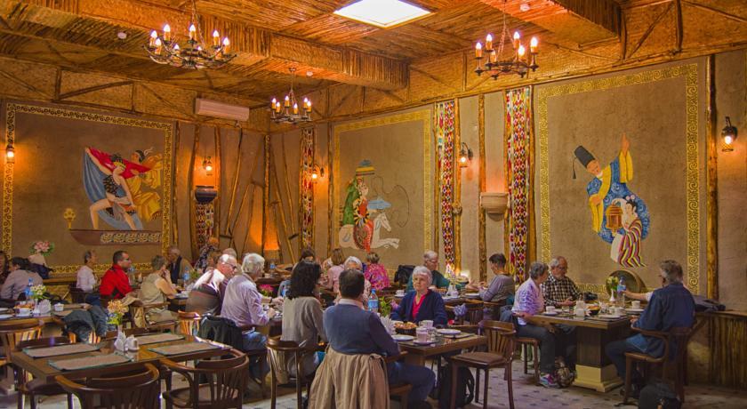 Restaurant Malika Bukhara 3