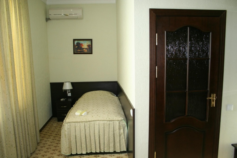 Single Room Rahnamo Nukus