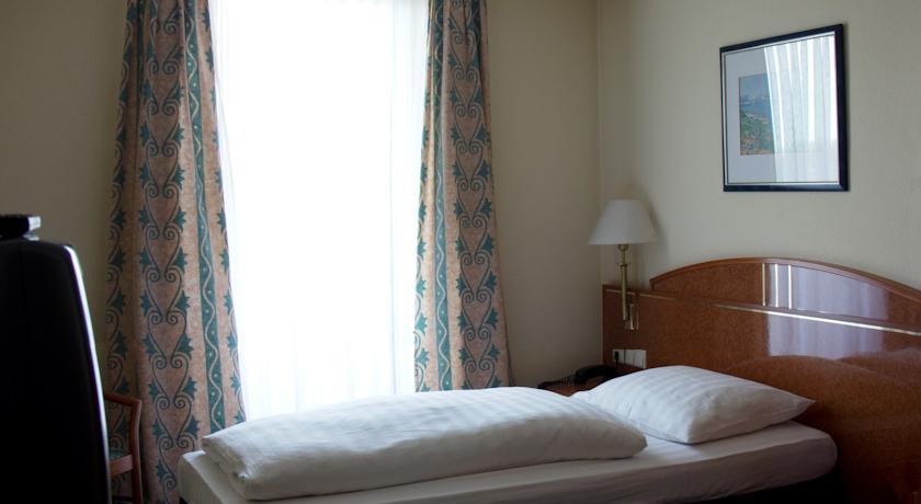 Single Room Shodlik Palace Tashkent