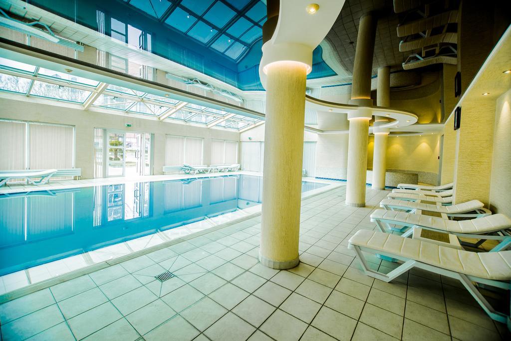 Swimming Pool City Palace Tashkent 1
