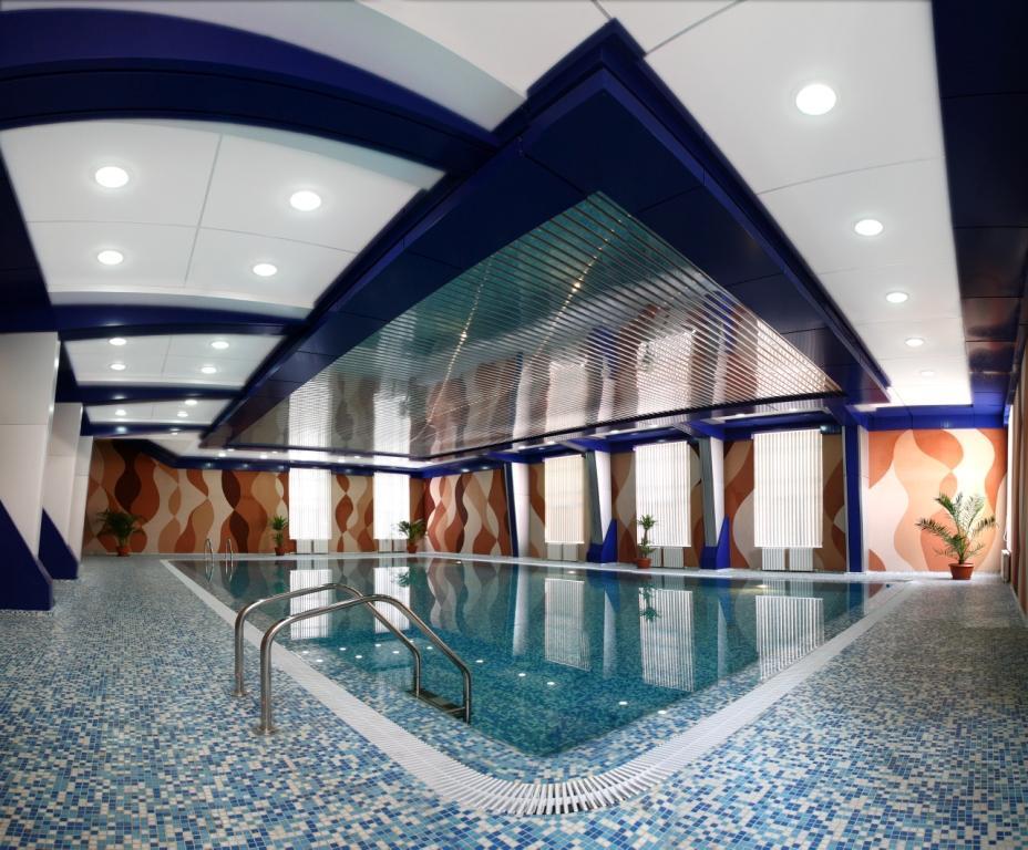 Swimming Pool Hotel Asia Tashkent 1