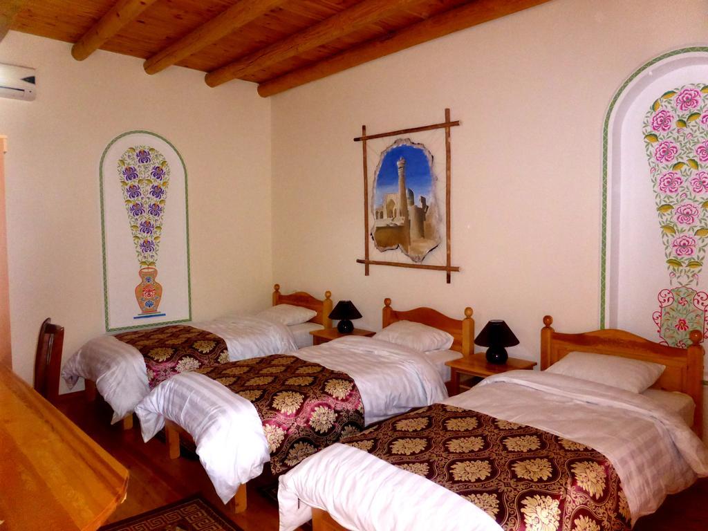 Triple Room Hovly Poyon Bukhara