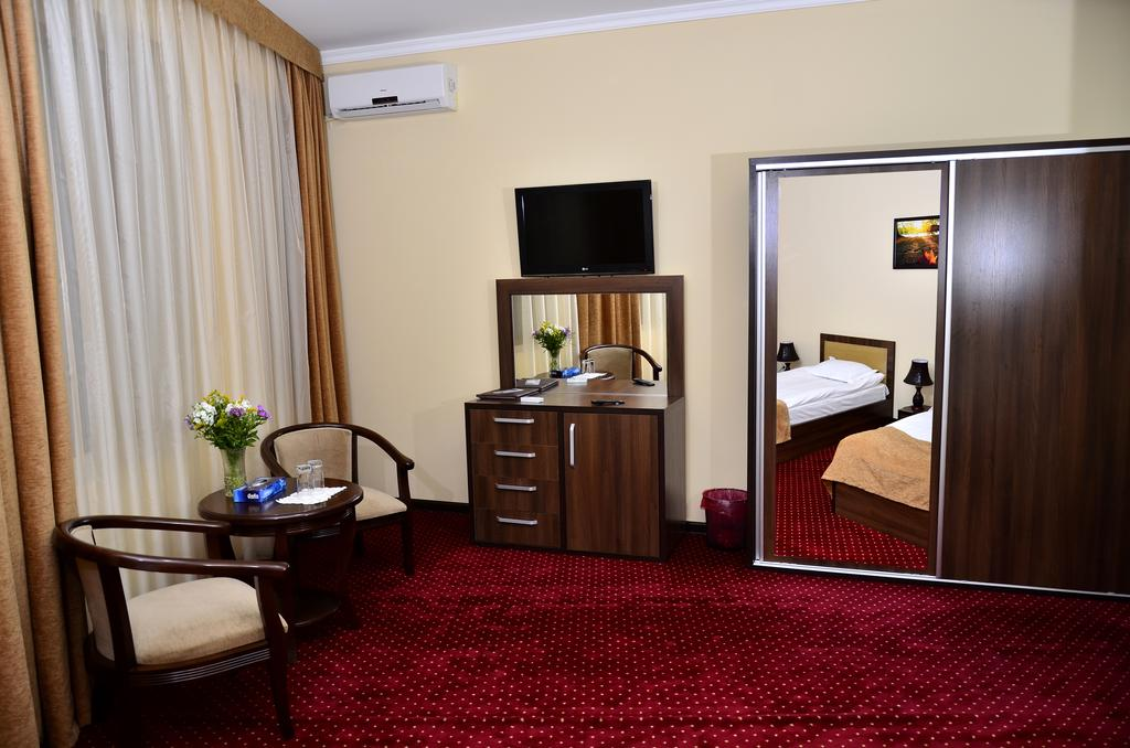 Twin Room Diyora Samarkand 2