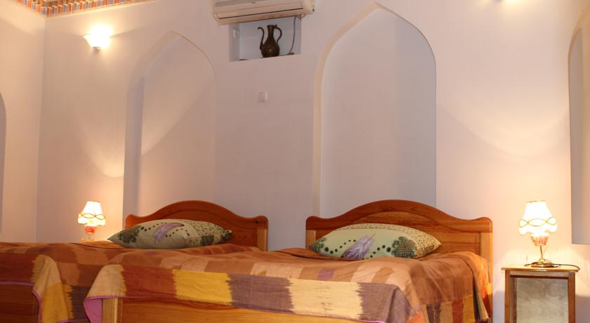 Twin Room Emir Bukhara 4