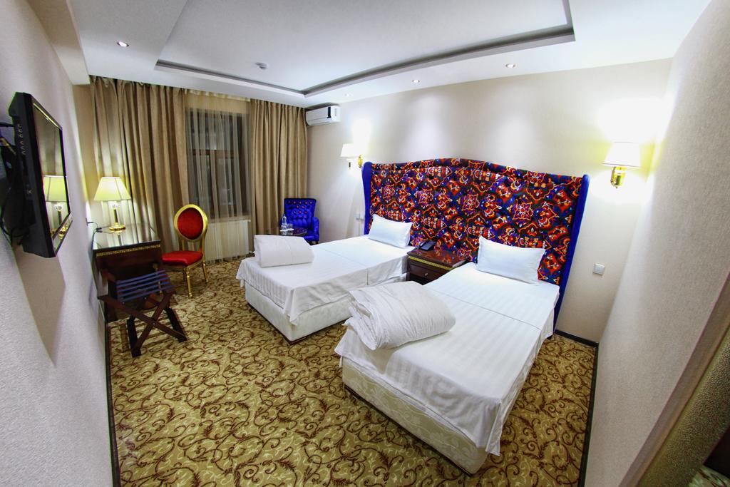 Twin Room Emirhan Samarkand 2