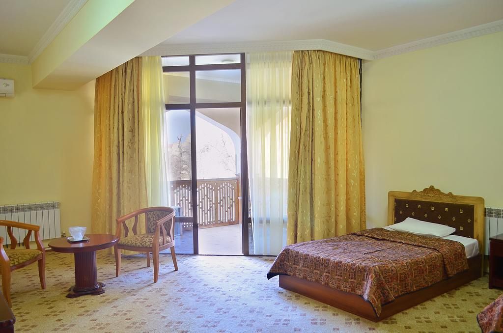 Twin Room Kabir Bukhara 1