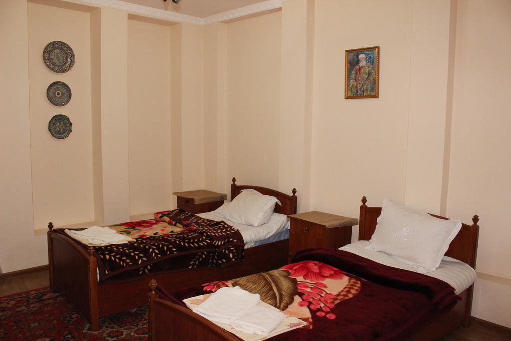 Twin Room Nazira&Azizbek Bukhara 4