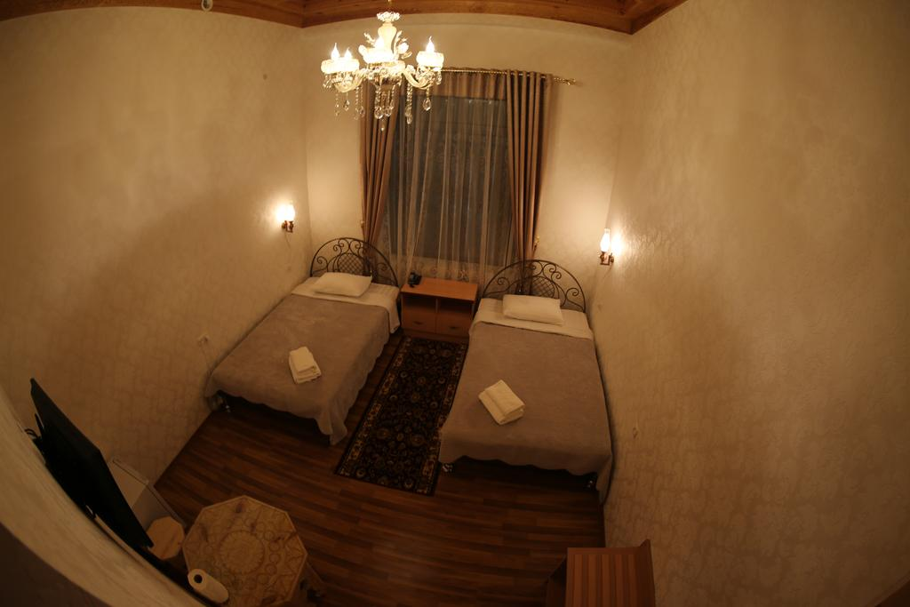 Twin Room Zilol Baxt Samarkand 4
