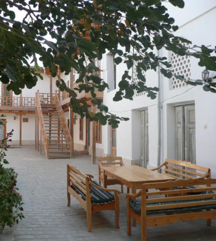 Yard Helene Oasis Bukhara