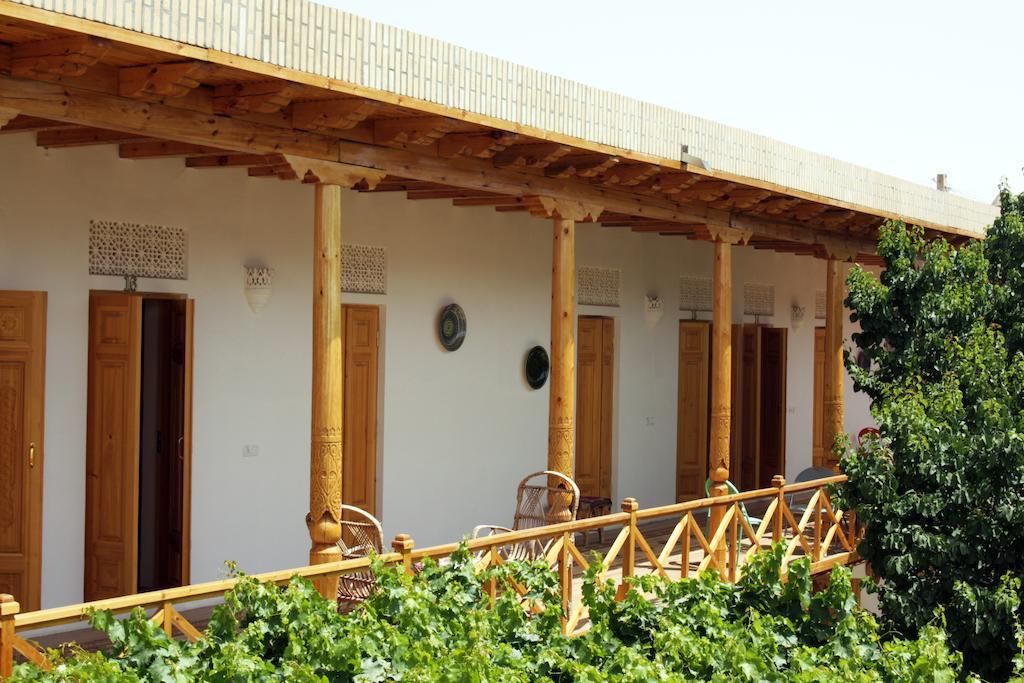 Yard Hovly Poyon Bukhara 3